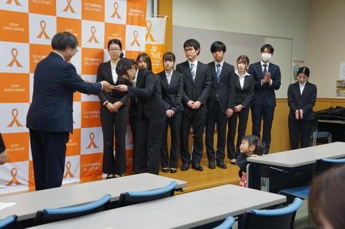 http://www.orangeribbon.jp/info/npo/DSC07137.JPG